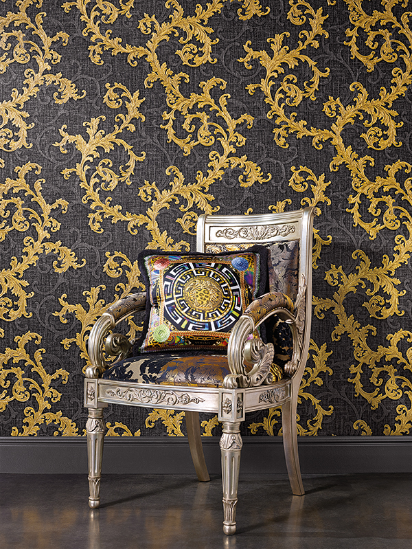 Price Right Home Versace Baroque Floral Trail Wallpaper - Black and Gold - 10m x 70cm