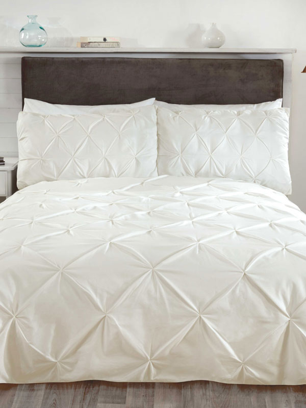 Balmoral Pin Tuck Cream Super King Duvet Cover and Pillowcase Set