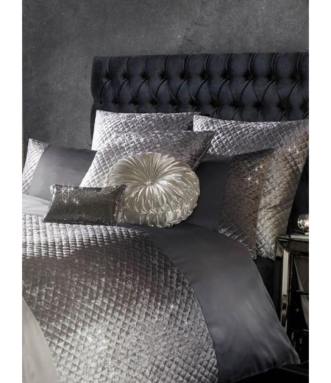Kylie Minogue Gia Velvet Effect Housewife Pillowcase