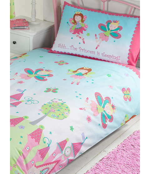 Princess is Sleeping 4 in 1 Junior Bedding Bundle (Duvet, Pillow and Covers)
