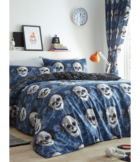 Pixel Skulls Double Duvet Cover and Pillowcase Set