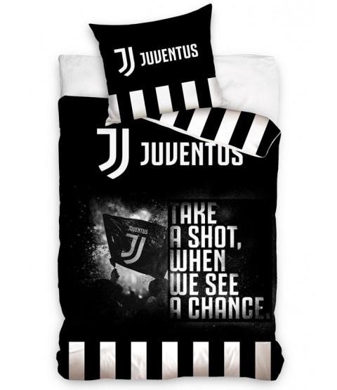Juventus FC Shot Single Duvet Cover and Pillowcase Set