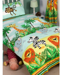 Jungle-Tastic 4 in 1 Junior Bedding Bundle (Duvet, Pillow and Covers)