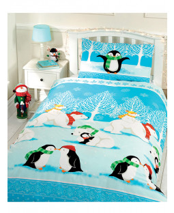 Christmas Cuddles Junior Duvet Cover and Pillowcase Set
