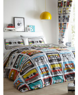 Retro Cassettes Single Duvet Cover and Pillowcase Set