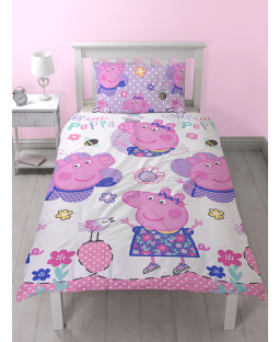 Peppa Pig £50 Ultimate Bedroom Makeover Kit Duvet Cover Front