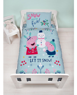 Peppa Pig Snowman 4 in 1 Junior Bedding Bundle (Duvet, Pillow and Covers)