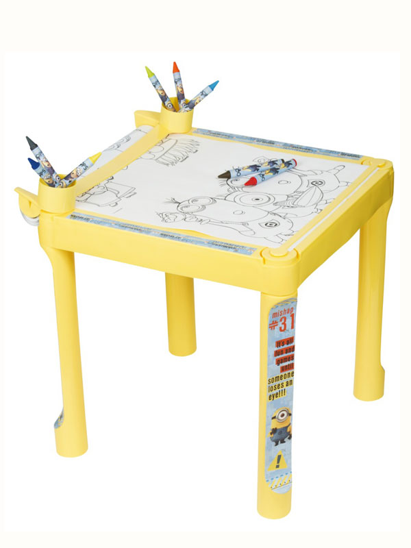 Despicable Me Minions Colouring Table