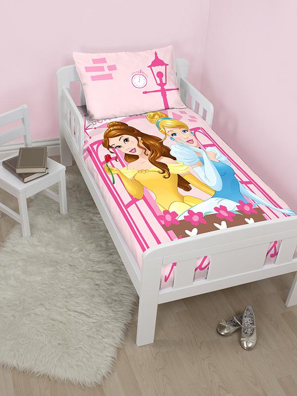 disney princess boulevard junior toddler duvet cover and pillowcase set