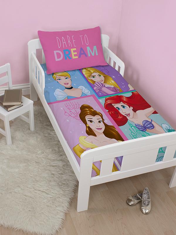 disney princess dare junior toddler duvet cover and pillowcase set