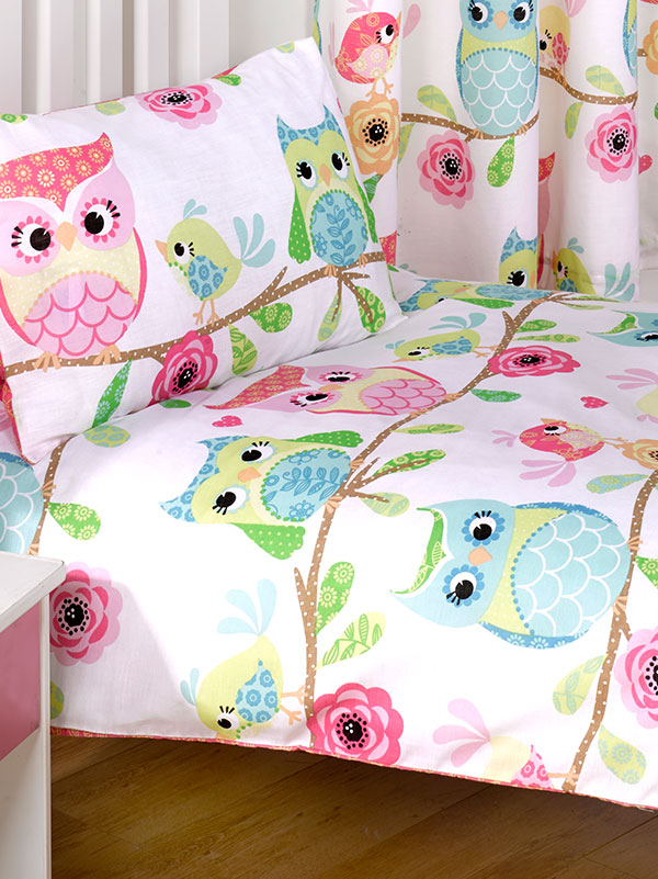 Owl and Friends 4 in 1 Junior Bedding Bundle (Duvet, Pillow and