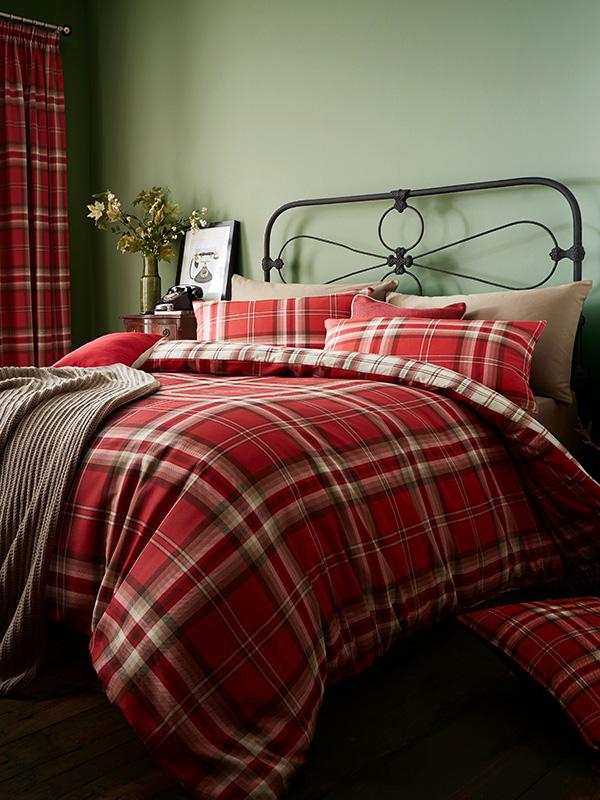 Duvets, Blankets & Bedspreads Catherine Lansfield Kelso Tartan Double Duvet Cover Set - Red