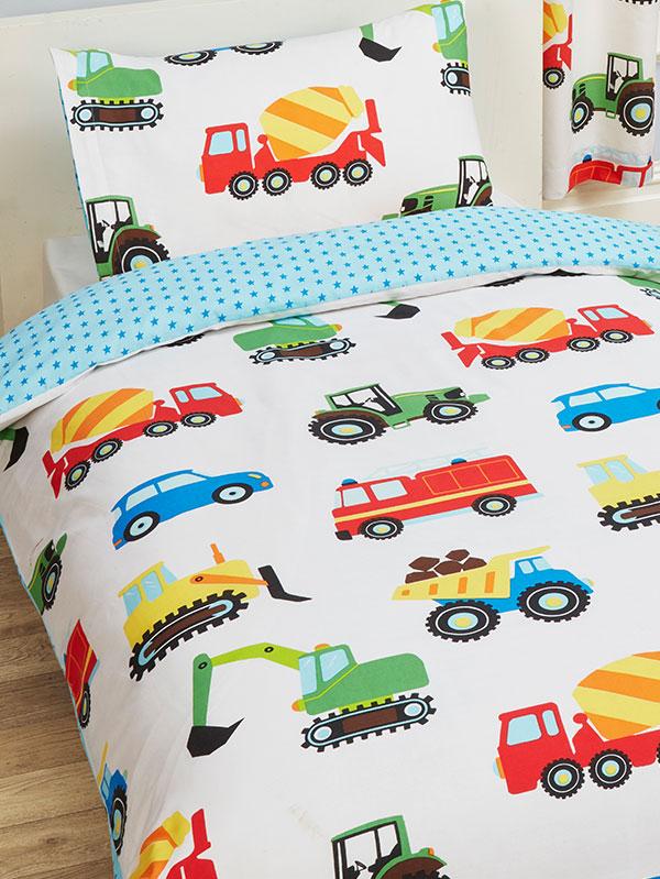 Trucks and Transport 4 in 1 Junior Bedding Bundle Set (Duvet, Pillow