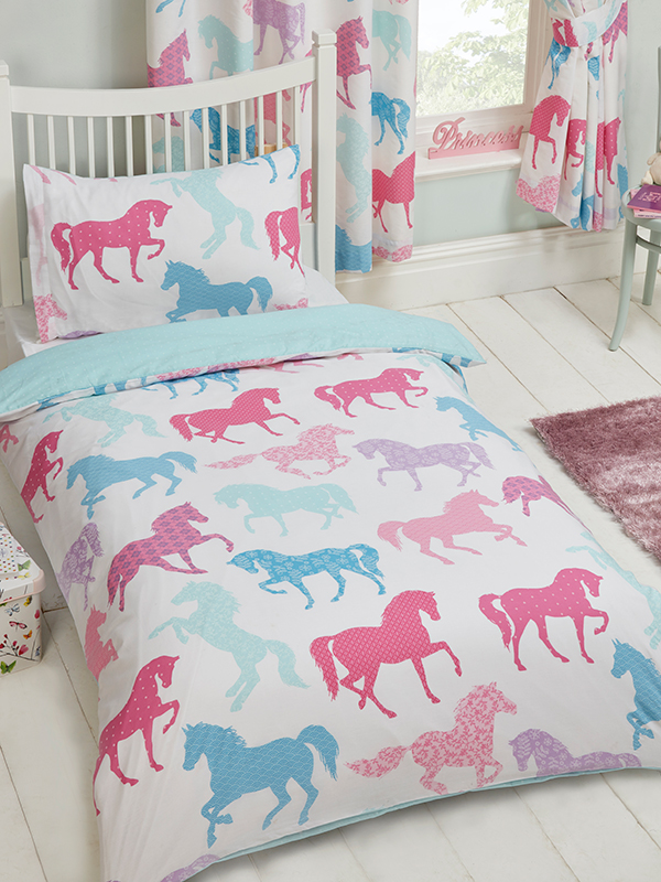 Price Right Home Patchwork Ponies Single Duvet Cover and Pillowcase Set