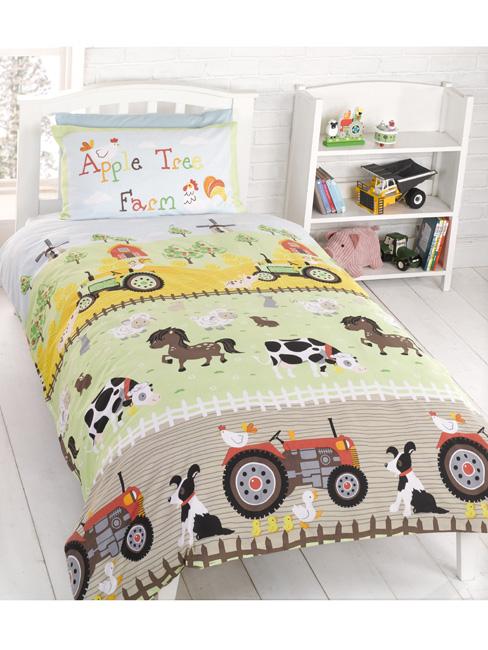 Apple Tree Farm 4 in 1 Junior Bedding Bundle (Duvet, Pillow and