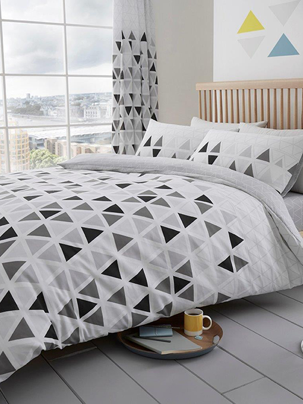 Geometric Triangle King Size Duvet Cover and Pillowcase Set - Grey