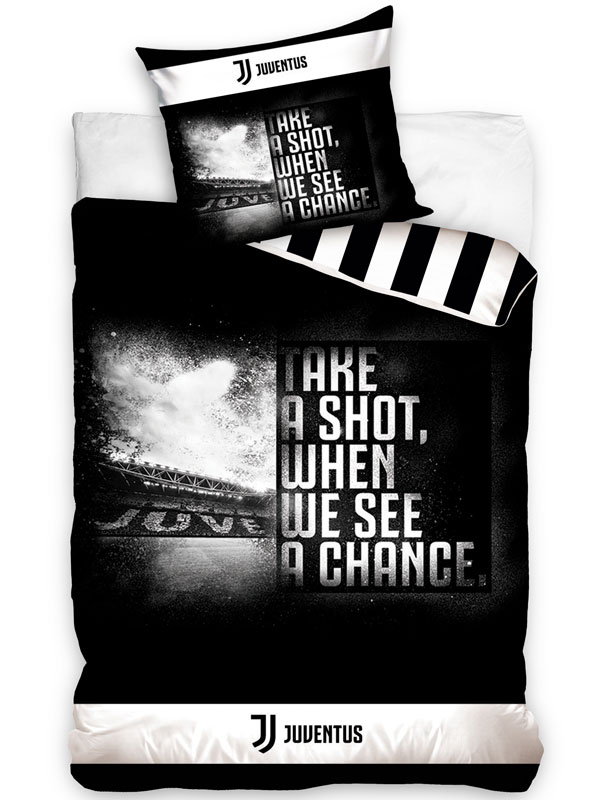 Juventus FC Take a Shot Single Duvet Cover Set