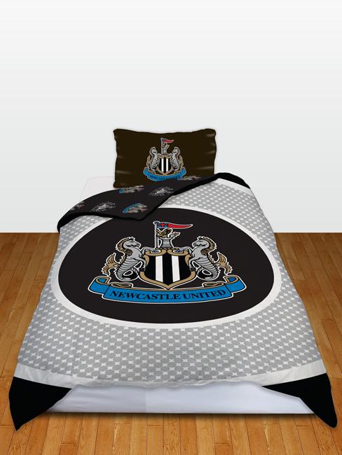 Newcastle FC Bullseye Single Reversible Duvet Cover and Pillowcase Set