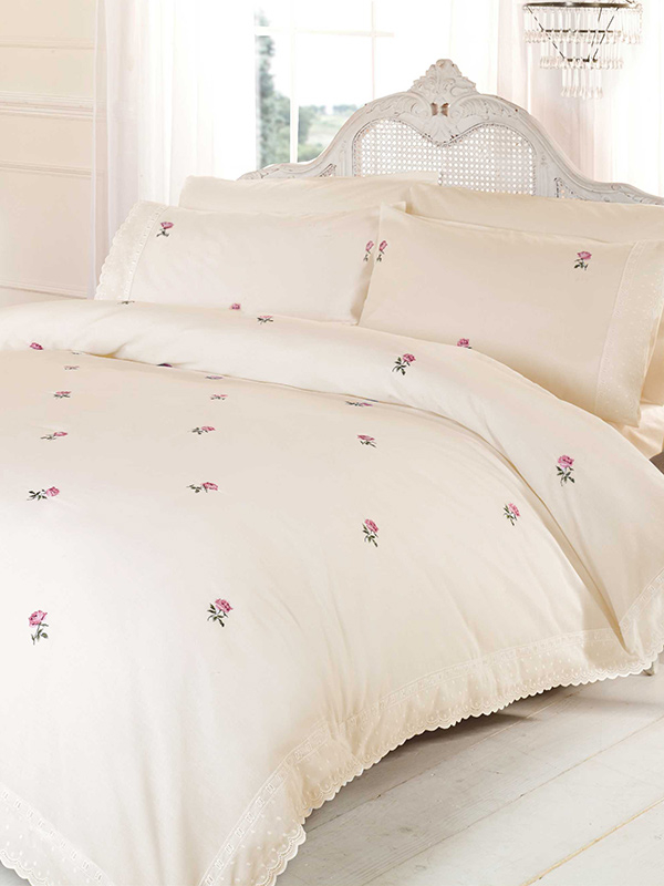 Alicia Floral Cream / Pink Super King Duvet Cover and Pillowcase Set