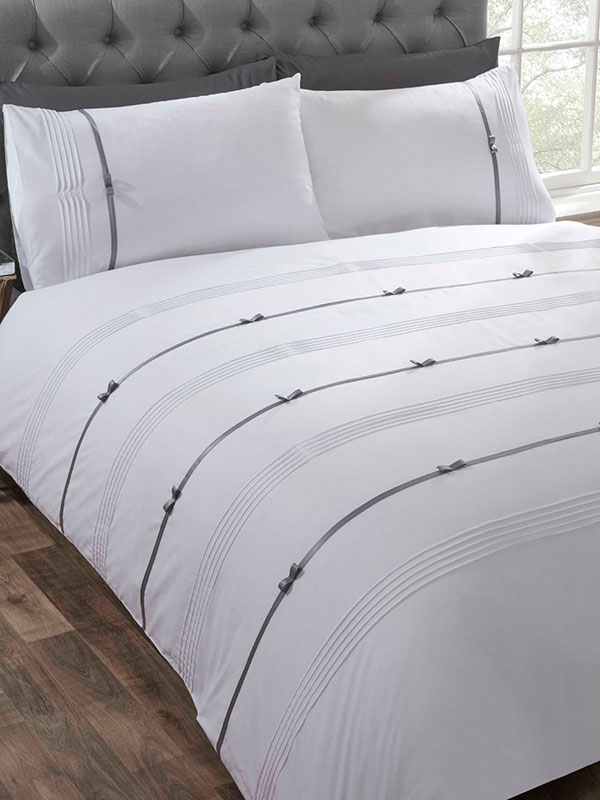 Clarissa Duvet Cover and Pillowcase Bed Set - Single, White