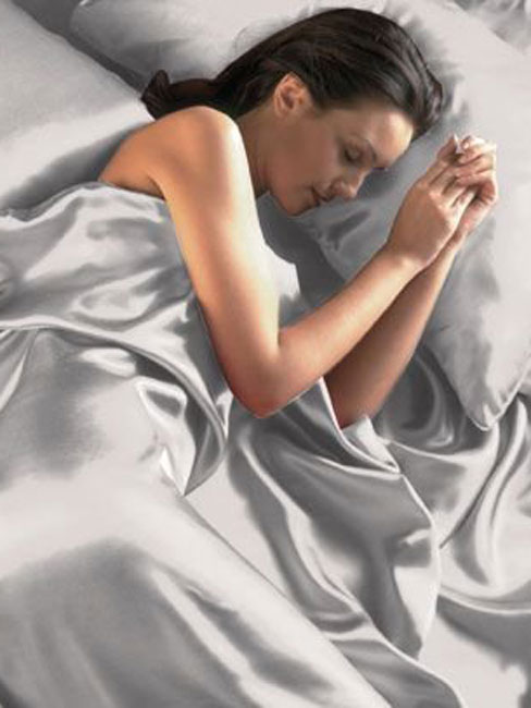 silver satin super king duvet cover, fitted sheet and 4 pillowcases